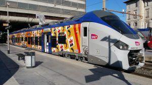 Marquage des bus, trains