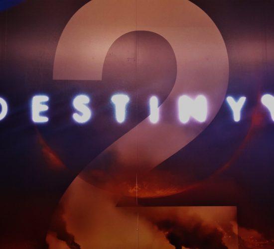 Décoration de station Opéra aux couleurs du jeu Destiny 2